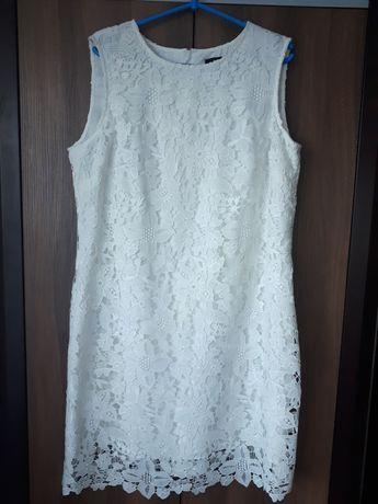 Koronkowa sukienka Monnari r. 46