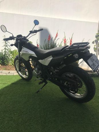 125 cc Derbi Cross city