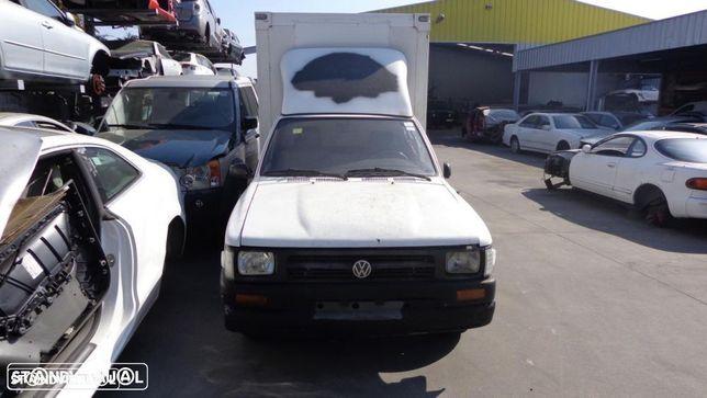 Toyota Hilux / VW Taro, de 1991, para peças