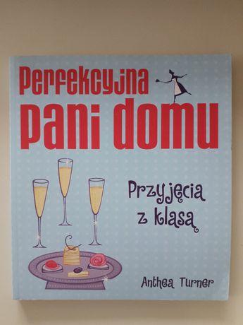 """książka """"Perfekcyjna Pani Domu"""""""