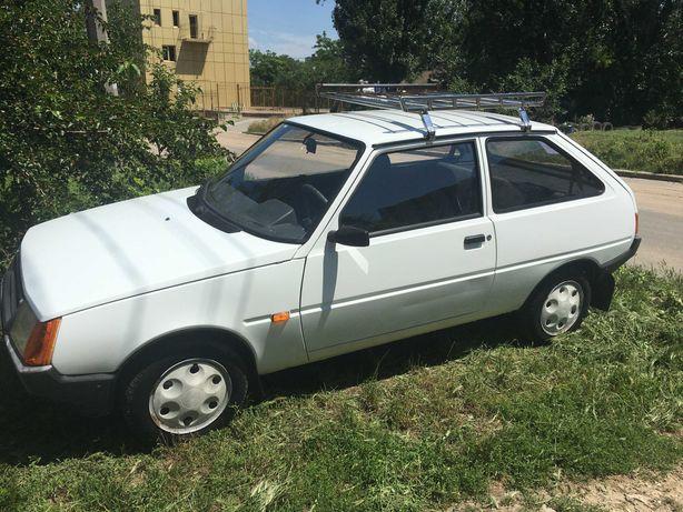 Автомобиль Таврия ЗАЗ 1102