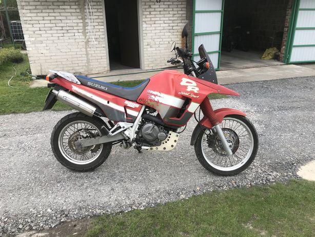 Suzuki dr big 800