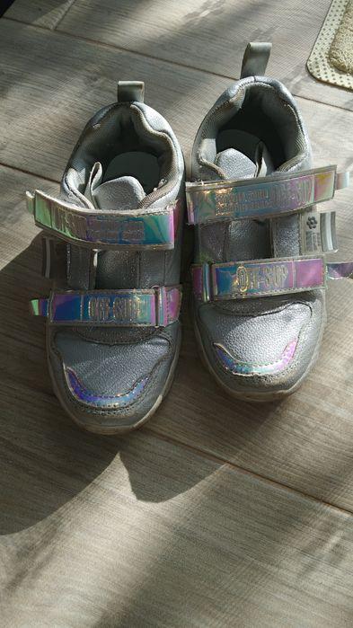 Детские кроссовки Ирпень - изображение 1