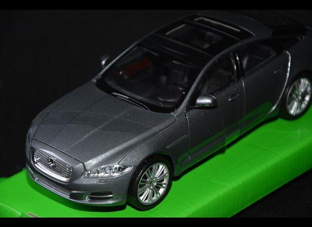 2010 Jaguar XJ nowy model kolekcjonerski WELLY 1:24