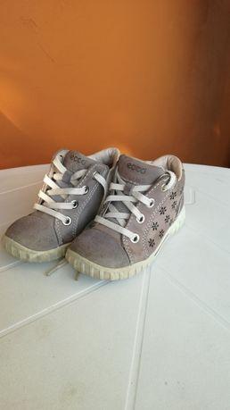 Ecco buty skórzane dziecięce rozmiar 22