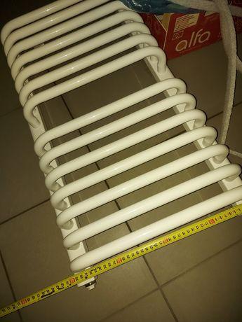 Grzejnik łazienkowy Instal projekt kaloryfer 40 x 70 praktycznie nowy