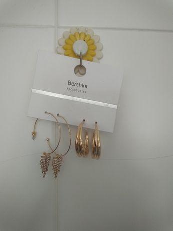 Conjunto de brincos novos da Bershka