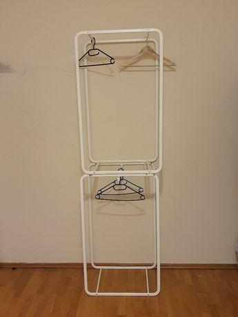 Wieszaki metalowe na garderobe