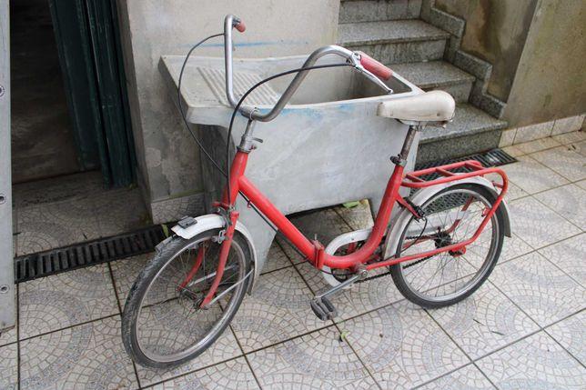 bicicleta antiga dobrável