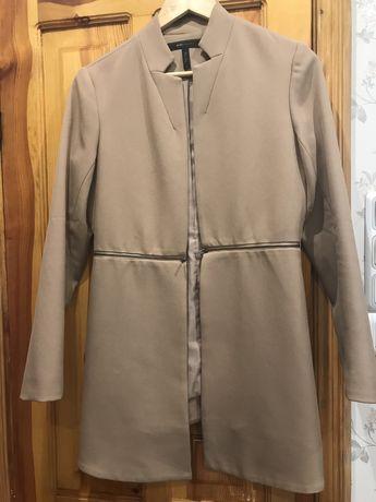 Продам красивый пиджак