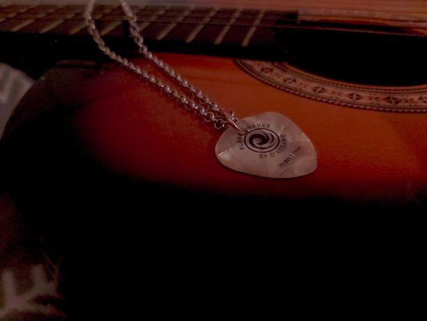 Naszyjnik wisiorek biżuteria zawieszka łańcuszek kostka do gitary