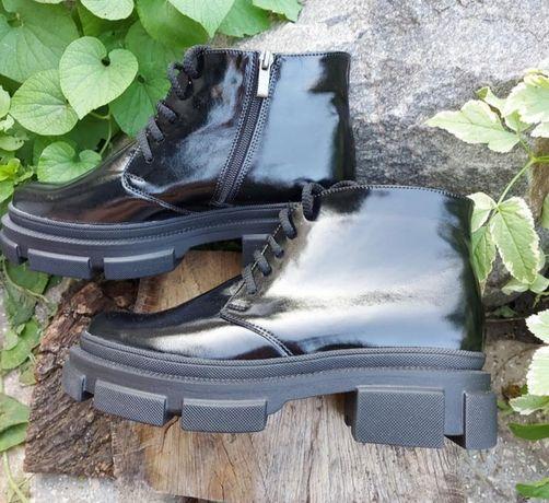 Ботинки  длина по стельке 27.7 см
