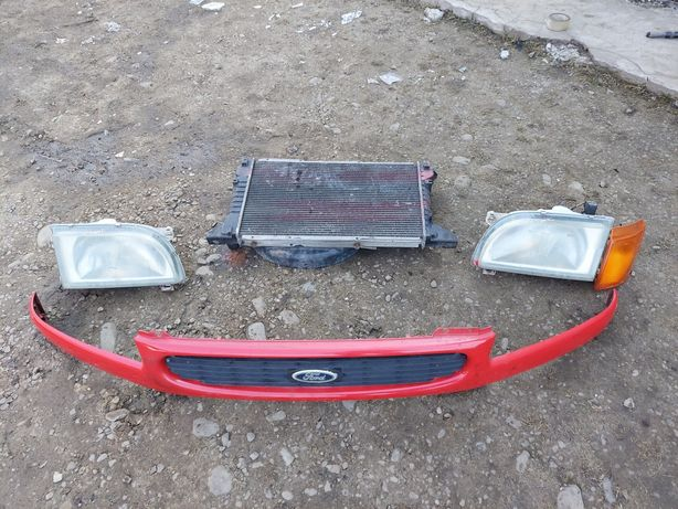 Фара Решітка Радіатор Форд Транзит 86-00 / Ford Transit Решотка Фара