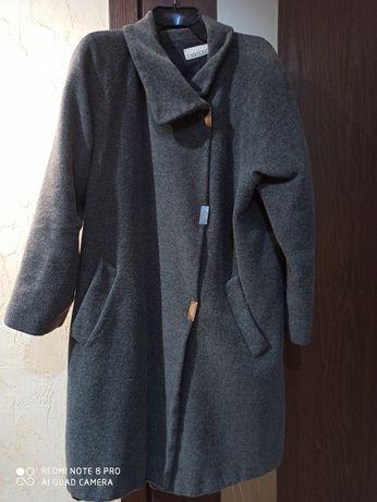 Пальто, плащ 70%шерсть+30%ангора50-54