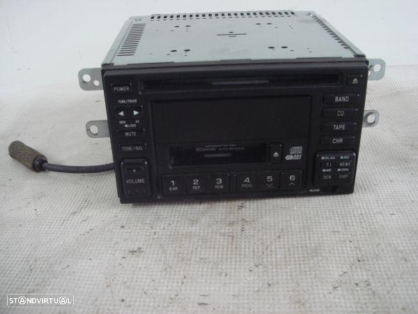 Auto-Radio Subaru Impreza Tr?S Volumes (Gd)