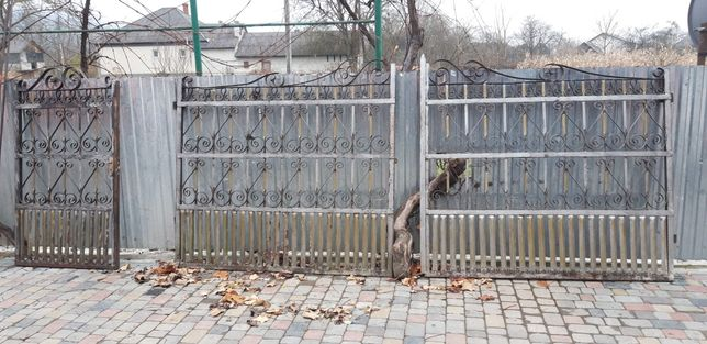 Ворота для будинку