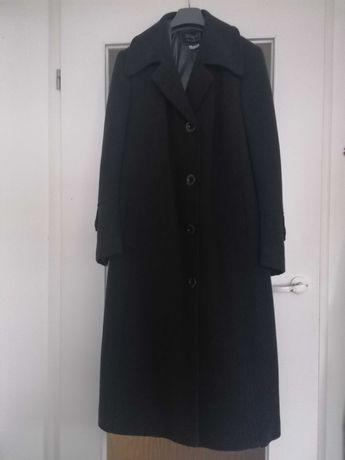 Sprzedam płaszcz damski zimowy
