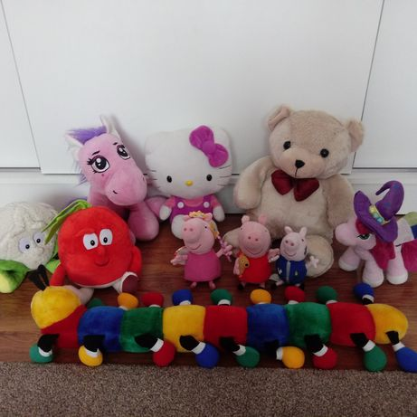 Maskotki Hello Kitty, Peppa, George, Gang Świeżaków