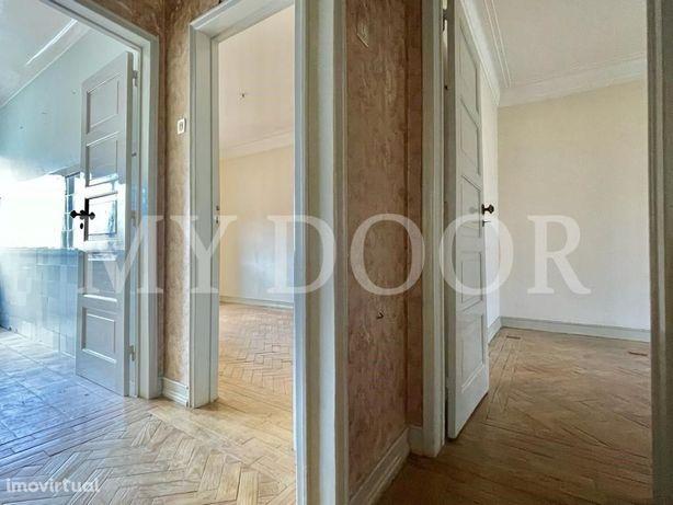 Apartamento T1 - Moscavide - p/ Recuperar - Central - Mar...