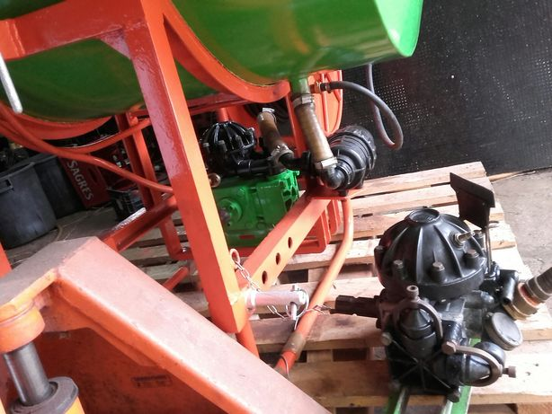 Pulverizador usado para tractor 400litros