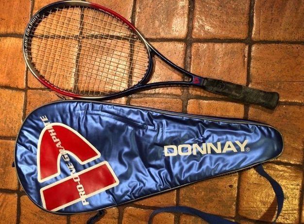 Raquete de ténis Donnay com capa