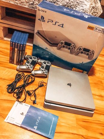 PS4. PlayStation 4 + 6 GIER