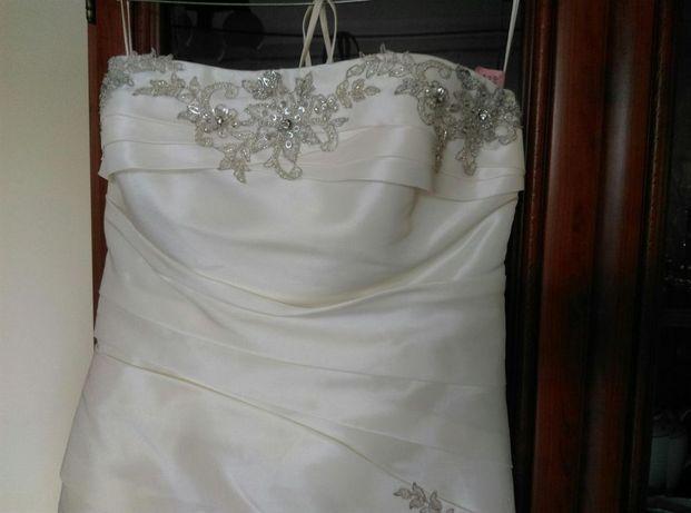 Suknia ślubna M 38