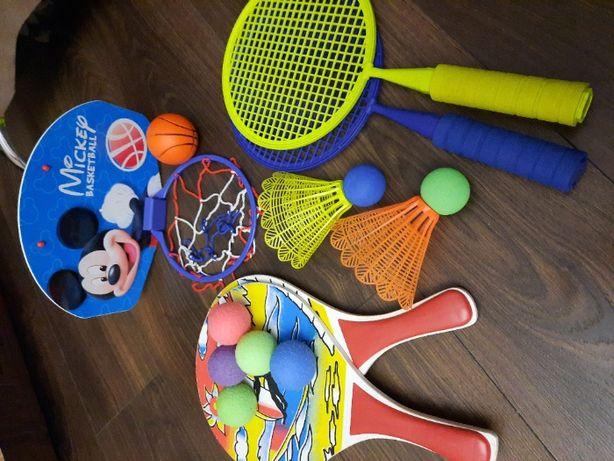 Бадмінтон Ракетки воланчик Баскетбол м'ячик корзина іграшки