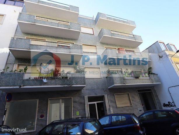 Apartamento T3 - Almada