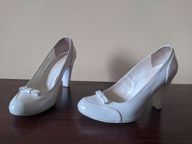 Туфлі на каблуку шкіряні Madiro 38p (24,5см)