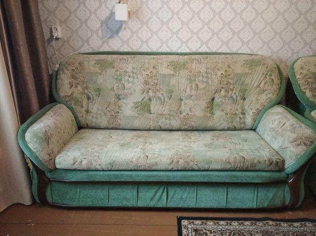 Продам раскладной диван в хорошем состоянии!