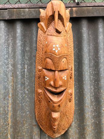 Duża maska drewno