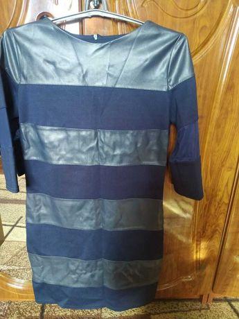 Платье женское   со вставками 48 размера
