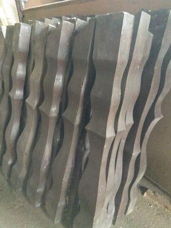 Tralki balustrady drewniane