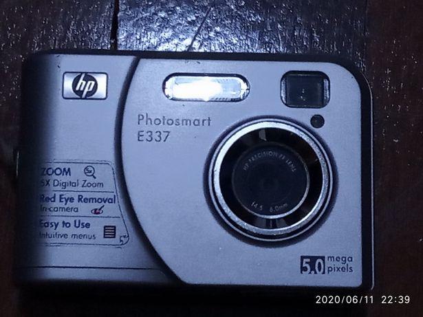 Máquina Fotográfica HP Photosmart E337