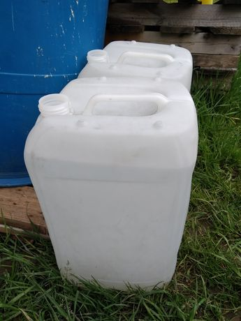 Pojemnik , karnister na wodę 20l