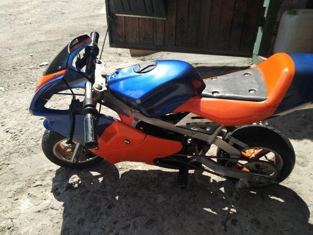 Детский бензиновый мотоцикл, спортбайк!