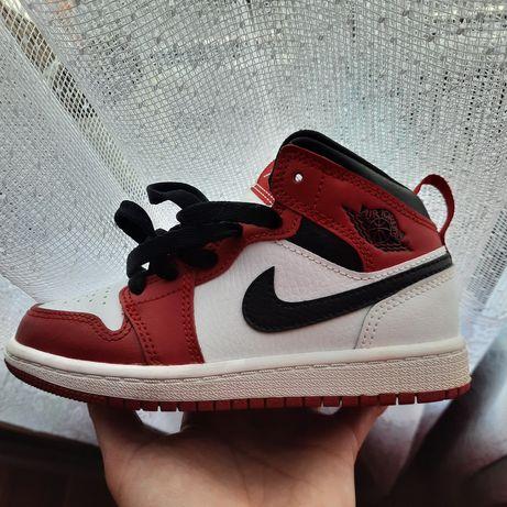Sneakersy Jordan 1 Mid dziecięce