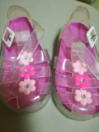 sandały dla dziewczynki rozmiar 22