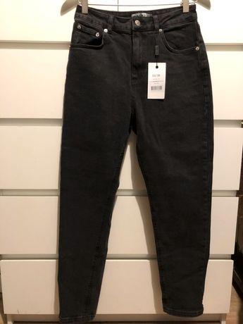 Czarne mom jeansy, NA-KD