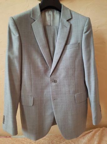 Продам мужской костюм б/у Arber