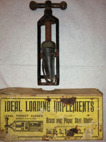 Máquina antiga para recarga de balas