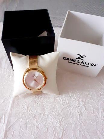 Часы ,, Daniel  Klein ,,