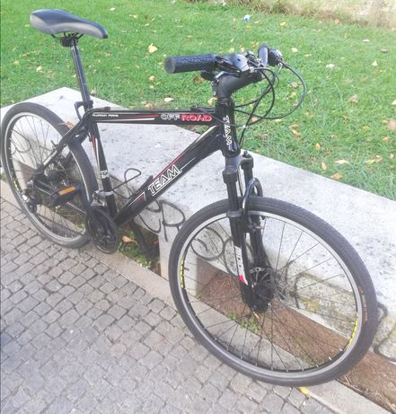 Bicicleta quadro M roda 26