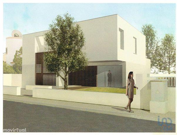 Terreno - 240 m²