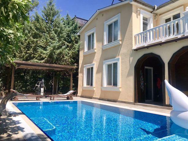 Срочно! Дом с бассейном в Крыму (ЮБК, пгт Парковое) 150 метров от моря