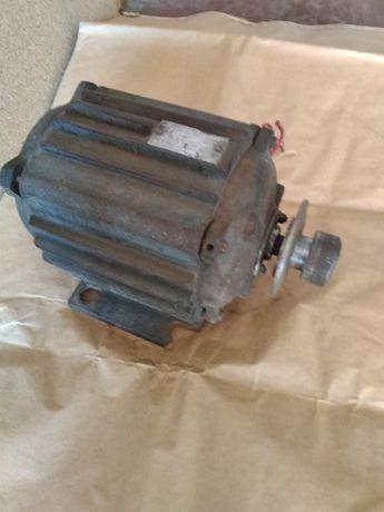 Электродвигатель 1,1 кВт
