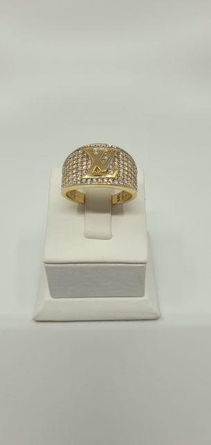 Złoto złoty pierścionek próba 585 waga 5.62g rozmiar 17