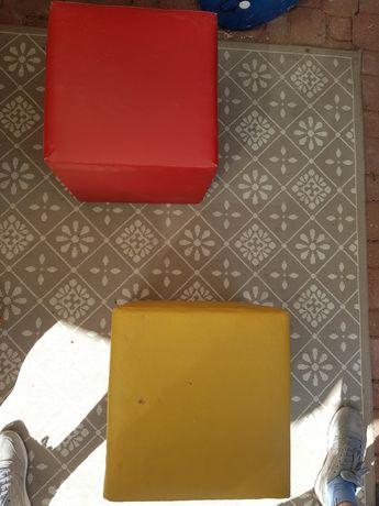 2 pufy czerwona i żółta