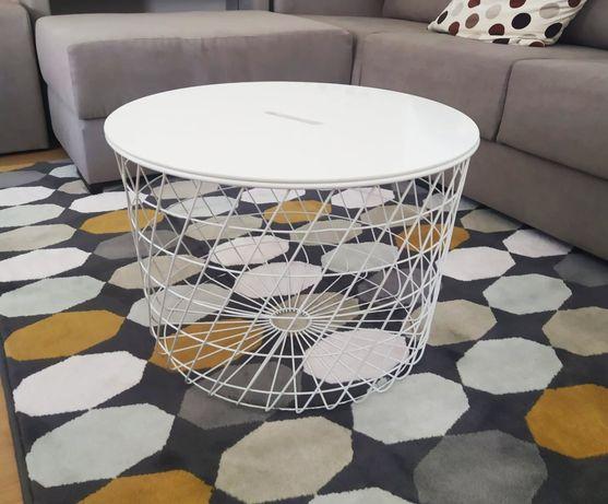 Mesa com arrumação do IKEA, KVISTBRO